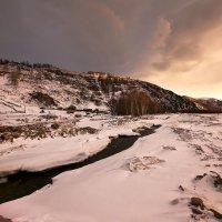 На горы зимние, взор Ваш, пусть неутомимым будет 21 :: Сергей Жуков