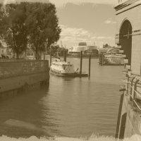 Гамбург - портовый город :: Nina Yudicheva