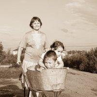 С бабушкой в деревне :: Юлия Супенко