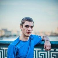 на мосту :: Анатолий Чернышев