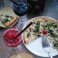 Pizza :: Дарья Зеевальд