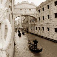 """Венеция.Мостик """"Вздохов"""" :: Galina"""