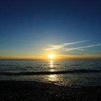 Раскинулось море широко ... :: valeriy khlopunov