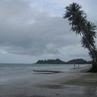 Западное побережье Ко Чанга. Наш многолюдный пляж. :: Лариса (Phinikia) Двойникова