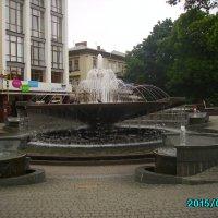 Музыкальный   фонтан  в  Ивано - Франковске :: Андрей  Васильевич Коляскин