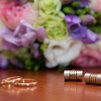 кольца  жениха и невесты :: Егор Чеботаренко