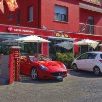 Бар... Ресторан... Ferrari ! :: M Marikfoto