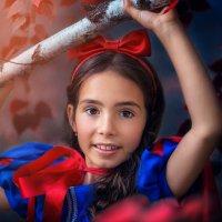 Белоснежка в детстве :: Ольга Малинина