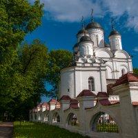 Церковь в усадьбе Большие Вяземы :: Alexander Petrukhin