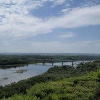 Мост на реке белой :: Роман