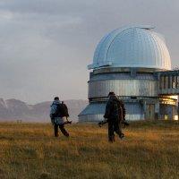 Обсерватория на плато Ассы-Турген. :: Алексей Поляков