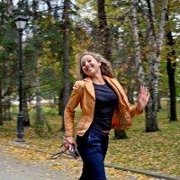 летящей походкой.... :: Надежда Шемякина