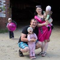 Семейное фото :: Юлия Уткина