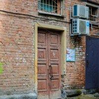 дверь в старый дом :: Света Кондрашова