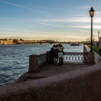 Селфи на набережной :: Valerii Ivanov