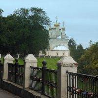 Храм около Кремля в Рязани. :: Татьяна