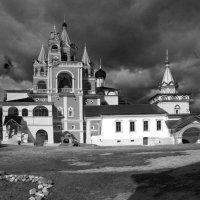 мужской монастырь в Звенигороде :: Валентина Папилова