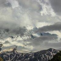Уллу-тау в облаках :: Олег Петрушин
