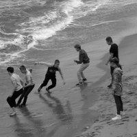 Бегущие от волны :: lady-viola2014 -