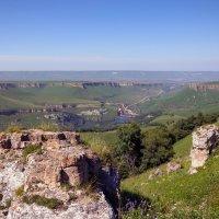 Эшкаконское водохранилище, вид на Скалистый хребет, Учкекен и Боргустанский хребет. :: Vladimir 070549