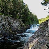 Водопад Кивач. :: Владимир Безбородов