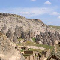 Деревня возле монастыря Селиме (Турция. Каппадокия) :: Юлия Фотолюбитель