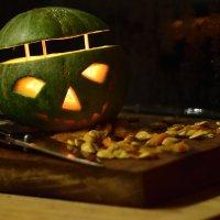 тыквенный фонарик с ножём :: Stas Beloglazov