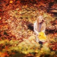 Осень тоскливая :: Юлия Графова