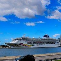 Норвежские круизные линии готовятся на Карибы :: Яков Геллер