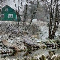 Домик на берегу зимней реки :: Olcen - Ольга Лён