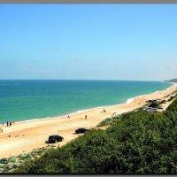 бесконечные песчанные  пляжи Азовского. :: Ivana