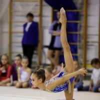 Гимнастка с обручем :: Наталья Мацкевич