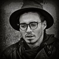 Портрет молодого человека. :: Юрий Гординский