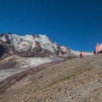 Вид на Орцвери из альп лагеря Метео ( 3 650 м ) :: Вячеслав Шувалов