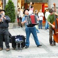 музыканты в Мюнхене :: vlada so-va