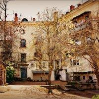Старый севастопольский двор... :: Кай-8 (Ярослав) Забелин