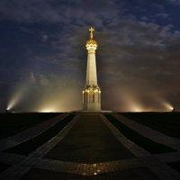 Туманная ночь в Бородино :: Евгений (bugay) Суетинов