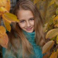 Девочка осень. :: Марина Соколова
