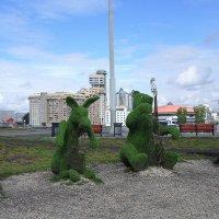 Своеобразный памятник героям Крылова - квартет из животных-музыкантов :: Елена Павлова (Смолова)