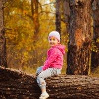 Осенняя прогулка в лесу :: Мария Саянова
