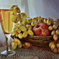 Белое вино.. :: Клара