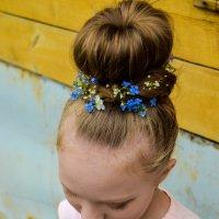 Причёска цветочной богини :: Света Кондрашова