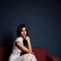 На  диване :: Tiana Ros