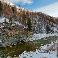 Среди снегов, среди камней течёт река... :: Анатолий Иргл