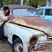 Толкаем дедушкину машину :: Ростислав