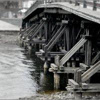 Графика в архитектуре моста :: Galina