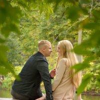 Пара в парке :: Светлана Тремасова