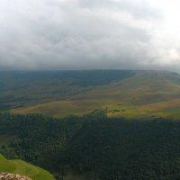 Гришкина балка. Туман надвигается с гор. Высота около 2000 м. :: Vladimir 070549