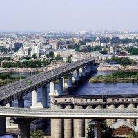Вид на метромост :: Андрей Головкин