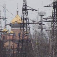 Храм в железном кольце :: Виктор Тарасюк
